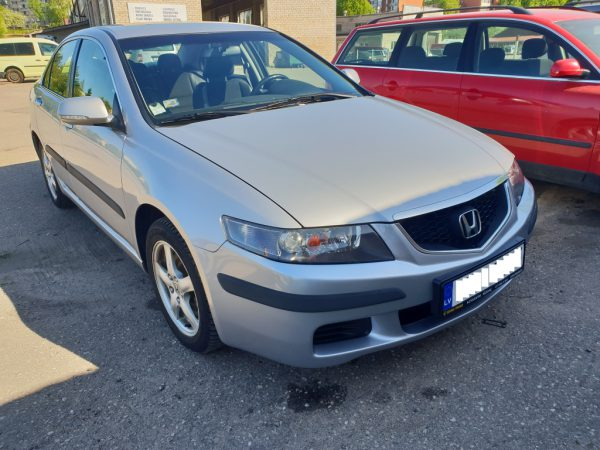 HONDA ACCORD 2004. gads 8